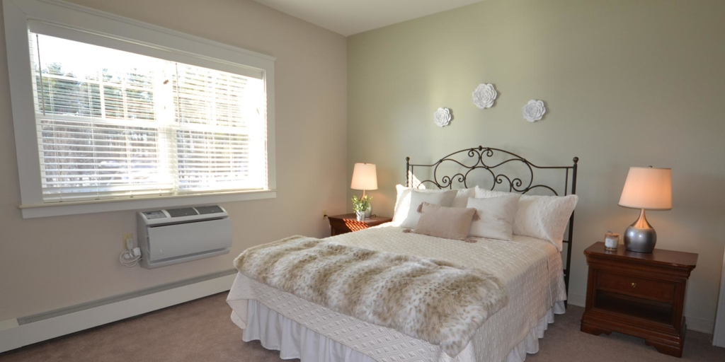A bedroom at Searles Place Independent Living in Windham